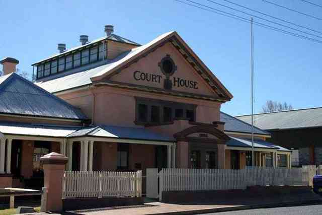 Tenterfield local court lawyer